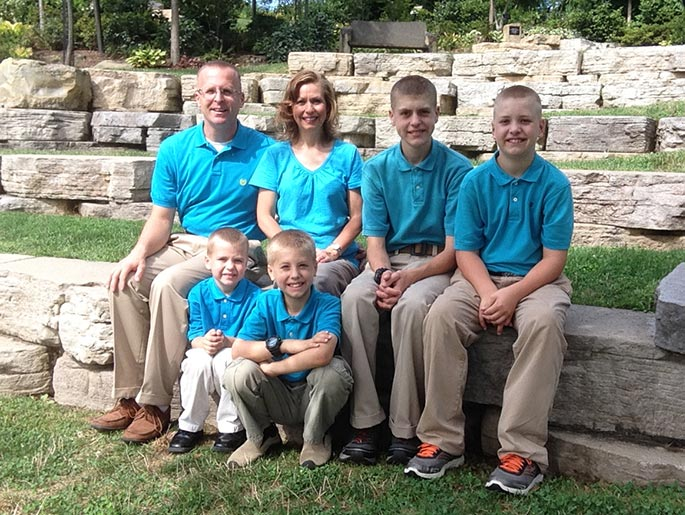 pastor-and-mrs-jason-myers-and-family